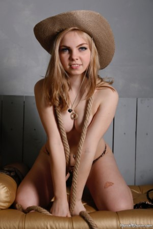 MarvelCharm – Rebecca – Cowgirl